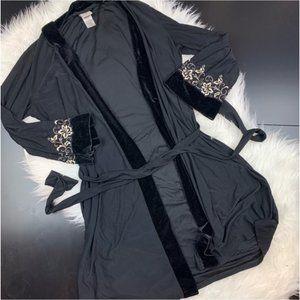In Bloom robe embroidered velvet trim S B2